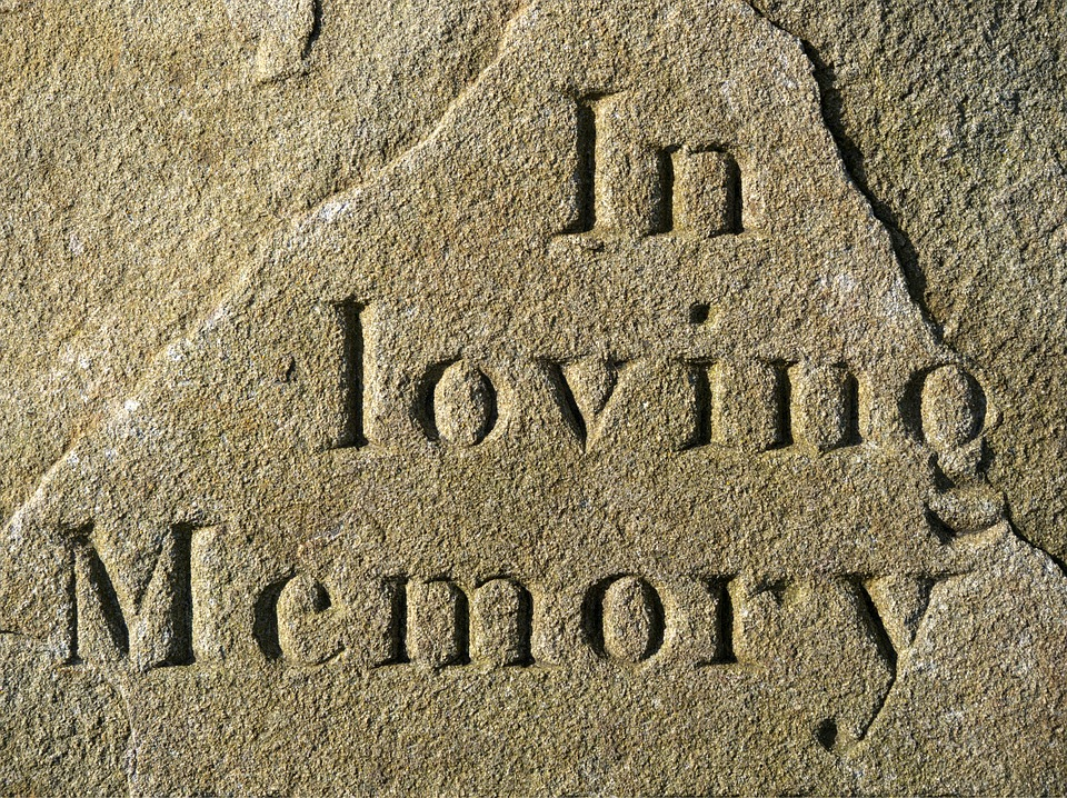 Ways to Celebrate the Life of A Departed Family Member